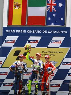 Podium: 1. Valentino Rossi, Yamaha Factory Racing; 2. Jorge Lorenzo, Yamaha Factory Racing; 3. Casey Stoner, Ducati Team