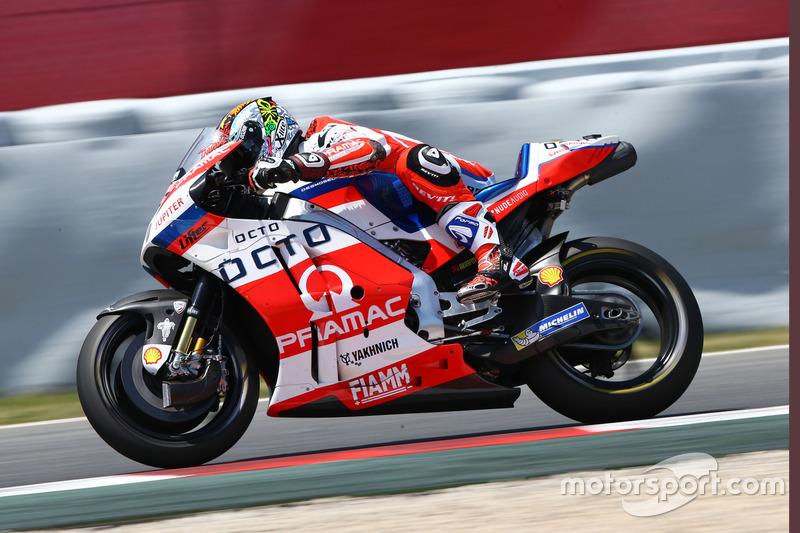 Danilo Petrucci con la Ducati Desmosedici 2017 del Pramac Racing