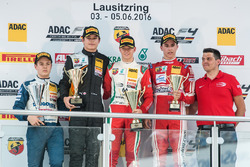 Podium: Beste Rookie Felipe Drugovich, Neuhauser Racing; 2. Kami Laliberté, Van Amersfoort Racing; 1. Mick Schumacher, Prema Powerteam; 3. Thomas Preining, Lechner Racing