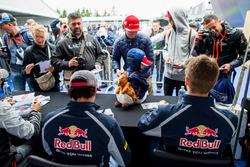 Карлос Сайнс мл., Scuderia Toro Rosso и Даниил Квят, Scuderia Toro Rosso