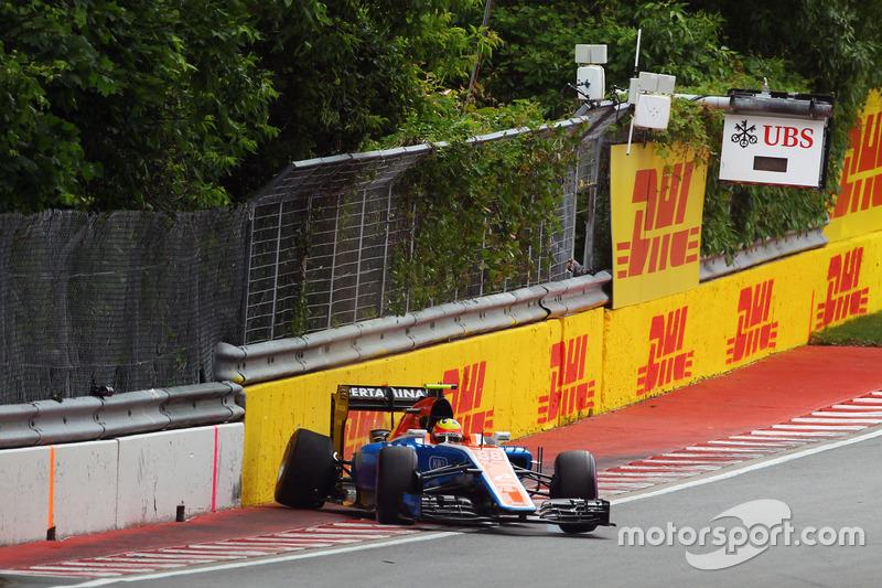 Rio Haryanto, Manor Racing MRT05 va a sbattere durante le qualifiche