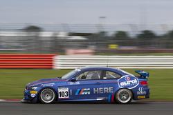 #103 Las Moras Racing Team, BMW M3 GT4: Liesette Braams, Frans Verschuur
