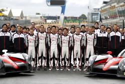 #5 Toyota Racing Toyota TS050 Hybrid: Anthony Davidson, Sébastien Buemi, Kazuki Nakajima and #6 Toyota Racing Toyota TS050 Hybrid: Stéphane Sarrazin, Mike Conway, Kamui Kobayashi