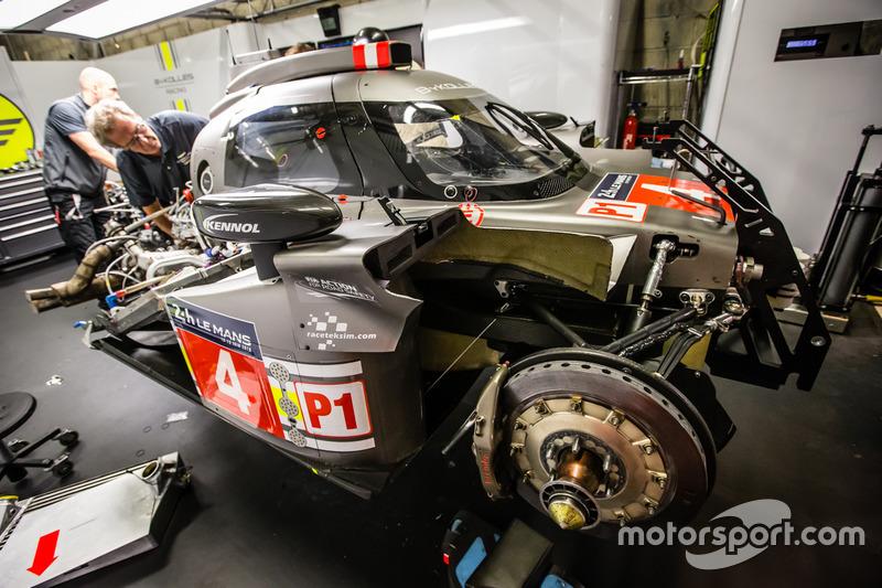 Reparaturarbeiten: #4 ByKolles Racing CLM P1/01