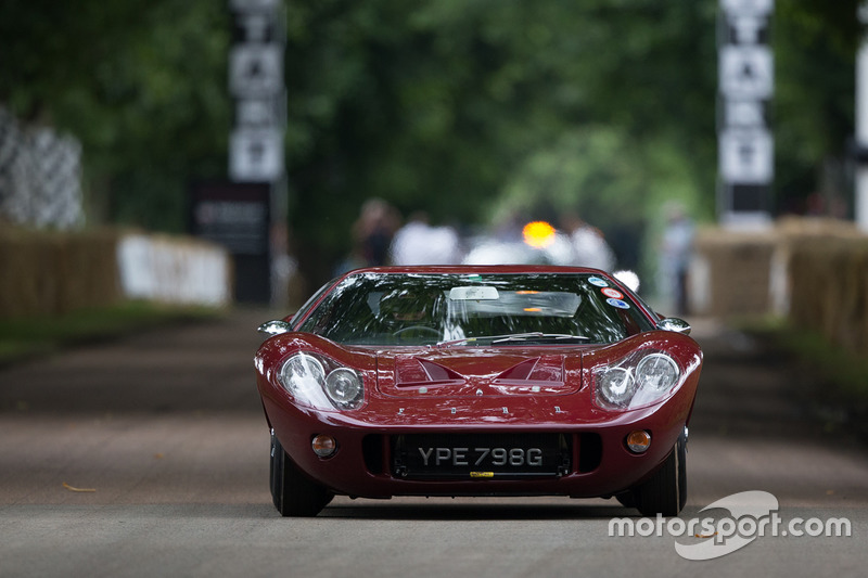 Ford GT40 Prototype - Richard Meins
