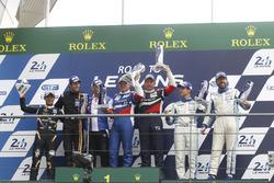 Podium GT3: Sieger Aleksey Basov, Victor Shaitar, AF Corse; 2. Hiroshi Hamaguchi, Adrian Quaife-Hobbs, FFF Racing Team; 3. Egidio Perfetti, Klaus Bachler, Mentos Racing