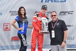 Peringkat ketiga Zach Veach, Belardi Auto Racing