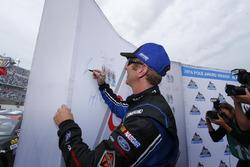 Ganador de la pole Greg Biffle, Roush Fenway Racing Ford