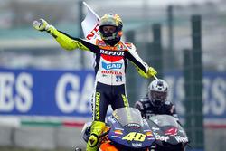 Переможець гонки Валентино Россі