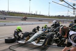 Josef Newgarden, Ed Carpenter Racing Chevrolet, pit action