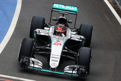 Esteban Ocon, Mercedes AMG F1 W07 Hybrid Test Driver