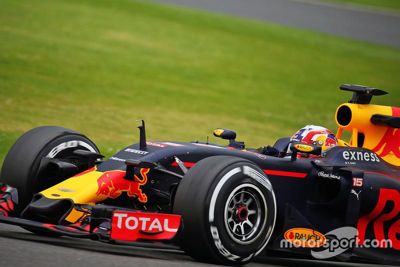 Pierre Gasly, Red Bull Racing RB12 Piloto de pruebas