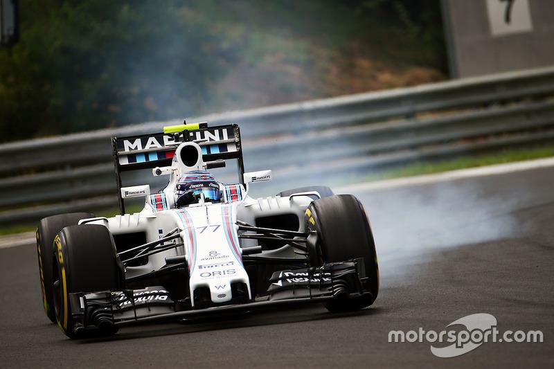 Valtteri Bottas, Williams FW38, arriva alla staccata a ruote bloccate