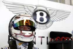 #8 Bentley Team ABT, Bentley Continental GT3: Fabian Hamprecht