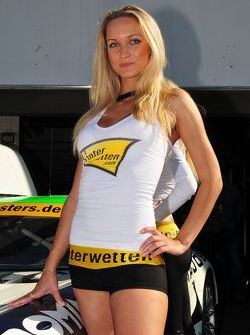 Charming Heico Motorsports Grid-Girl