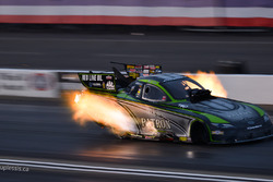 Alexis DeJoria makes a late afternoon qualifying pass, Feb. 11