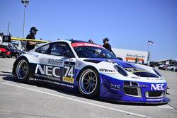 #74 997 GT3-R Drivers: Rob Blake & Juan E Lopez-Santini