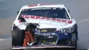 NASCAR Dale Earnhardt Jr. and Kasey Kahne make contact | Watkins Glen (2013)