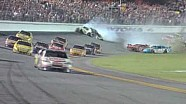 2009 Coke Zero 400 - Tony Stewart Wins / Kyle Busch Hard Crash
