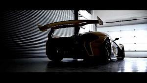 Bruno Senna mentor du McLaren P1™ GTR Driver Programme