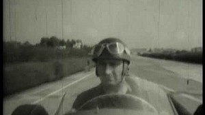 Fangio testa Maserati 250F em Modena