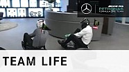 Cúpula da Mercedes faz corrida de kart e ironiza Red Bull