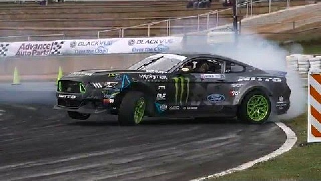 Under the Hood of Vaughn Gittin Jr.'s Ford Mustang