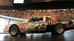 NASCAR Hall of Fame's Glory Road honors Davey Allison