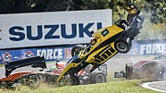 Wilder Crash im Formelauto