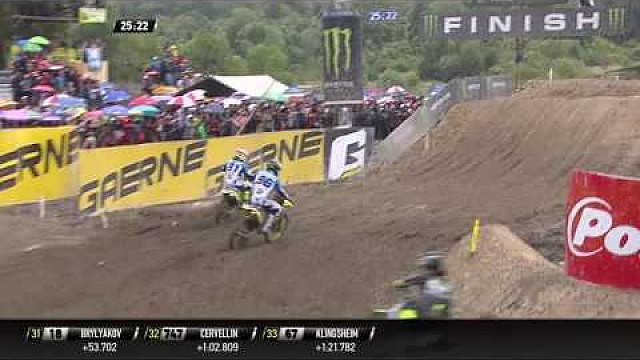 MX2 Indonesia 2017: Race 1 - Pertarungan Jeremy Seewer vs Hunter Lawrence