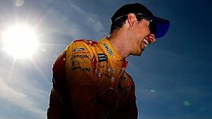 Logano wins pole at Phoenix