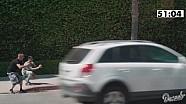 Dount Media趣味视频-闹市区停一台印地试探交警反应