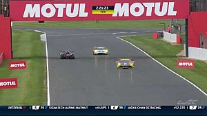 6 Hours of Silverstone: Safety car is out as Pechito returns to the pit with huge damage