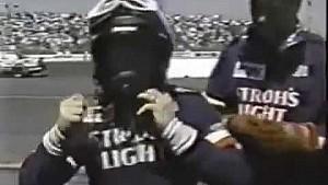 Mark Martin se voltea en Sonoma en 1989