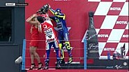 Selebrasi Rossi di podium MotoGP Belanda 2017