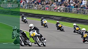 Intense three-way motorcycle battle at Revival