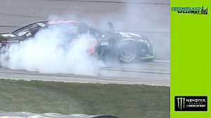 Windy City-style burnout for Martin Truex Jr.