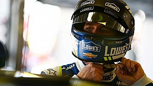 Phoenix mission clear for Jimmie Johnson: 'We must win'