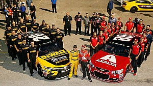 Dale Jr., Kenseth show off rookie paint schemes together